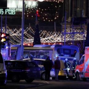 Τρομοκρατική επίθεση σε χριστουγεννιάτικη αγορά στο Βερολίνο! Τουλάχιστον 9 νεκροί και 50τραυματίες