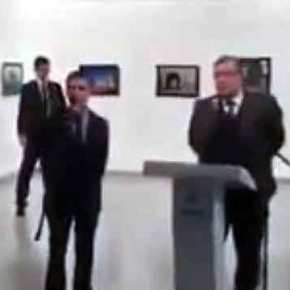REAL TIME H ΔΟΛΟΦΟΝΙΑ ΤΟΥ ΡΩΣΟΥ ΠΡΕΣΒΗ: Νέο βίντεο από την στιγμή της επίθεσης στηνΆγκυρα