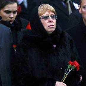 Νευρικό κλονισμό υπέστη η σύζυγος του Ρώσου Πρέσβη: «Δεν έχουμε σωματοφύλακες στηνΆγκυρα!»