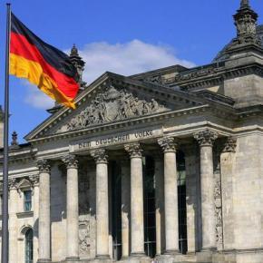 Γερμανικό ΥΠΟΙΚ: Το 2017 η απόφαση ΔΝΤ για συμμετοχή στην Ελλάδα Η β' αξιολόγηση δεν μπορεί να ολοκληρωθείακόμα