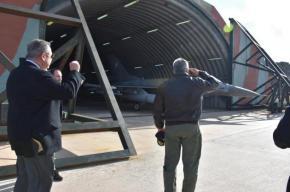 Εντολή αναχαίτισης τουρκικών αεροσκαφών έδωσε από την Σκύρο ο Καμμένος-Φωτογραφίες.
