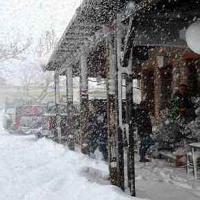 Tσουχτερό κρύο, χιόνια και βροχές έως ταΧριστούγεννα