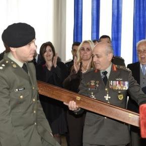 Το δώρο – έκπληξη του νέου Α/ΓΕΣ Αντγου Αλκ. Στεφανή που συγκίνησε τον Στρατηγό Βασίλη Τελλίδη-Φωτο