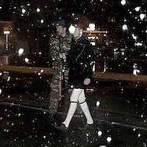 Οι Εύζωνες τη νύχτα κάτω από το χιόνι στον Άγνωστο Στρατιώτη σε θερμοκρασίες πολικές!ΦΩΤΟ