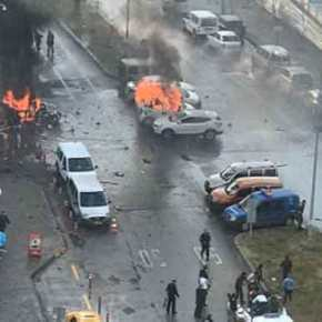 Η μάχη της Σμύρνης! Βίντεο από την ανταλλαγή πυροβολισμών-2 νεκροί –  Η στιγμή της έκρηξης στη Σμύρνη! Μάχη με τρεις ένοπλους μέσα στηπόλη!