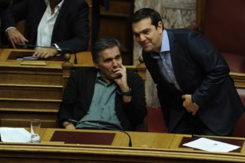 tsipras-tsakalotos-kivernisi