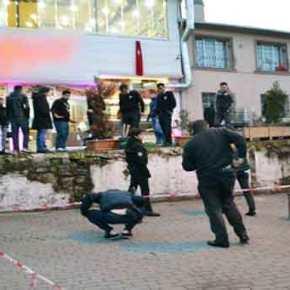 ΕΚΤΑΚΤΟ: Ισχυρή έκρηξη και πυροβολισμοί έξω από το δικαστήριο της Σμύρνης στην Τουρκία (φωτό,βίντεο)