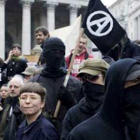 ΗΠΑ: Οι «μασκοφόροι δημοκράτες» αντιδρούν στο αποτέλεσμα των εκλογών! – Και οι σατανιστές κατά του Τραμπ – Συμμετείχαν στις διαδηλώσεις του Σόρος(φωτο)