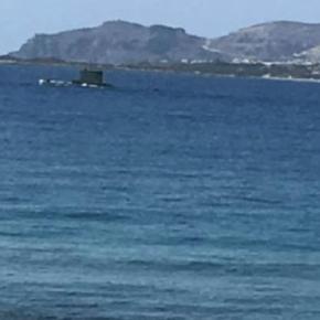 Κρήτη: Έκπληξη προκάλεσε η εμφάνιση υποβρυχίου του ΠΝ –ΦΩΤΟ