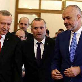 ΚΟΠΡΙΤΕΣ! ΑΤΙΜΗ ΦΑΡΑ!! Σύμβουλος του Ερντογάν παραδέχεται πως η Τουρκία υποστηρίζει το Κόμμα τωντσάμιδων