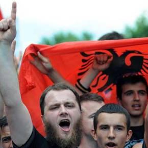 Xάος στα Βαλκάνια – Διαλύονται τα Σκόπια από τους Αλβανόφωνους – Ετοιμάζουν απόσχιση με σκοπό την δημιουργία της «Μ.Αλβανίας»
