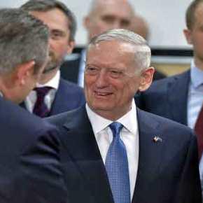 Προς άξονα Ελλάδας-ΗΠΑ: «Συγχαρητήρια» από τον Αμερικανό ΥΠΑΜ σε Π.Καμμένο για τα ελληνικά επιτεύγματα σε άμυνα καιοικονομία