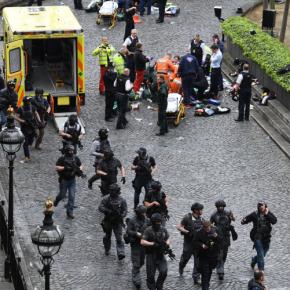 Ελληνικό ΥΠΕΞ για Λονδίνο: «Καταδικάζουμε την ειδεχθή και άνανδρη τρομοκρατικήενέργεια»