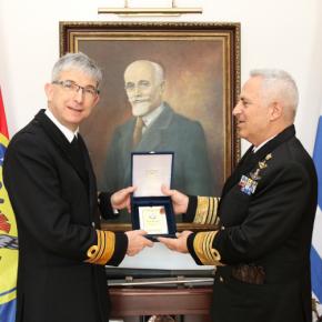 Ο διοικητής των Nαυτικών Δυνάμεων του ΝΑΤΟ στηνΕλλάδα