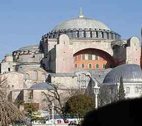 Γιατί άλλαξε γνώμη ο «Σουλτάνος» της Τουρκίας Ερντογάν και δεν προσευχήθηκε στην Αγία Σοφία…Τι ή ποιόν φοβήθηκε; Το μυστηριώδες τηλεφώνημα και οιθρύλοι..