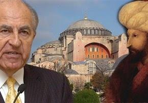Οι Τούρκοι υψώνουν τον Μωάμεθ Β' τον Πορθητή στο Κεράτιο Κόλπο για να βλέπει προς Ελλάδα – Ακολουθεί η μετατροπή της Αγιάς Σοφίας σετζαμί