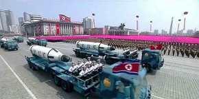 Αιφνιδιασμός! Ο Κιμ Γιονγκ –Ουν παρουσίασε το νέο του οπλοστάσιο κάνοντας θανάσιμη έκπληξη στις ΗΠΑ: Τέσσερις βορειοκορεατικοί ICBM στερεών καυσίμων έτοιμοι για εκτόξευση (εικόνες,βίντεο)