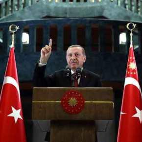 """Ερντογάν σε πανικό """"χαϊδεύει"""" τους Κούρδους για να ψηφίσουν""""ΝΑΙ""""!"""