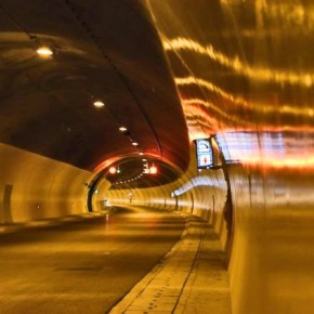 Σαν 6 σταθμοί του μετρό κάτω από ταΤέμπη!