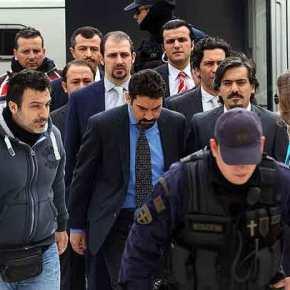 Απορρίφθηκε το νέο αίτημα έκδοσης για τους τρεις από τους οκτώ Τούρκουςστρατιωτικούς