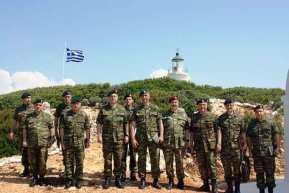 Ο Γενικός Επιθεωρητής Στρατού με τους ακρίτες του Αιγαίου –ΦΩΤΟ