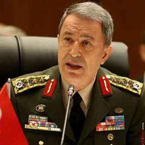 """Ο Τούρκος Αρχηγός τρώει στην Πλάκα και οι πιλότοι του """"χάθηκαν"""" από τοΑιγαίο"""