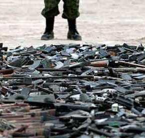 ΦΩΤΙΑ ΣΤΑ ΒΑΛΚΑΝΙΑ! Κατασχέθηκαν φορτία όπλων με προορισμό τους Αλβανούς τωνΣκοπίων