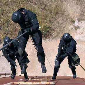 Ρ Α Γ Δ Α Ι Ε Σ Ε Ξ Ε Λ Ι Ξ Ε Ι Σ ….Ετοιμάστε την αστυνομία και για πόλεμο!!