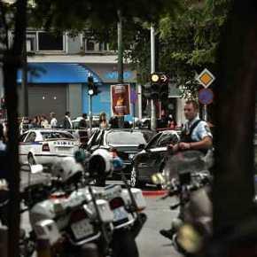 Τρομοκρατική επίθεση κατά του Λουκά Παπαδήμου – τραυματίας ο πρώηνπρωθυπουργός