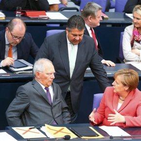 Γερμανία: Ανοικτή διένεξη στην κυβέρνηση Χριστιανοδημοκρατών-Σοσιαλδημοκρατών για την ΕλλάδαΗμέρες χάους στο Βερολίνο λίγο πριν τη συνεδρίαση στοEurogroup