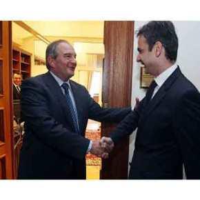 «Όχι» Κ.Καραμανλή στην ένταξη του Ε.Βενιζέλου στη ΝΔ(upd)