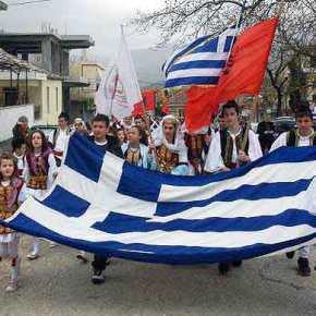 Πογκρόμ κατά Ελλήνων από εθνικιστές Αλβανούς στη Β.Ηπειρο – Πυρπολούν τα εθνικά μαςσύμβολα