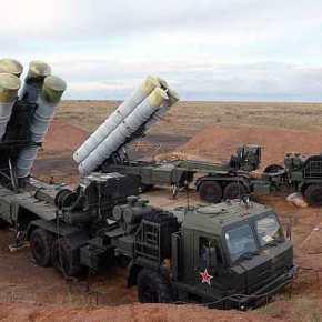 Η Ρωσία παραδίδει τέσσερα συγκροτήματα πυραύλων S-400 στονΕρντογάν
