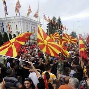«Βόμβα» από πρώην επικεφαλής CIA: «Έρχονται ραγδαίες εξελίξεις με αλλαγές συνόρων σταΒαλκάνια»
