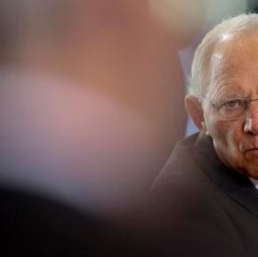 Σόιμπλε: Όποιος θέλει το ευρώ πρέπει να μεταρρυθμιστεί, όπως ηΕλλάδα