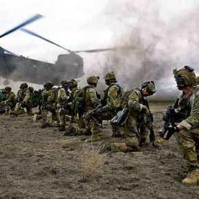 Δραματικές εξελίξεις: Οι ΗΠΑ αποστέλλουν επίλεκτα στρατεύματα και μια μοίρα ελικοπτέρων «UH-60 Black Hawk» στοΚοσσυφοπέδιο