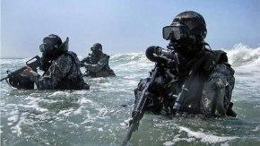 Πάρθηκαν αποφάσεις από τις ΗΠΑ: Δημιουργία μόνιμης βάσης Navy Seals στηΣούδα