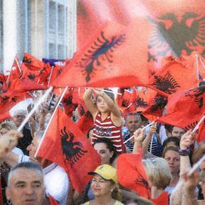 Πρωτοφανής πόλωση στην Αλβανία: Πρόεδρος εναντίονπρωθυπουργού