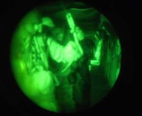 Νυχτερινή Πολεμική Πορεία 26χλμ & Βολές απο τα Κομάντο της ΣΜΥ στα…Ριζά του Βουνού τωνΘεών!