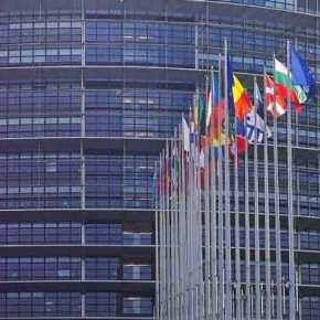 Εurogroup: «Υπερδόση» 8,5 δισ. και μέτρα για το χρέος εξασφαλίζει η Ελλάδα(βίντεο)