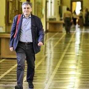 Η ανάγκη να ψηφίσουν ακόμη ένα πακέτο προαπαιτούμενων έκανε βουλευτές του ΣΥΡΙΖΑ να ξεσπάσουν Βουλευτές σε Τσακαλώτο: 2 χρόνια δεν έχουμε ψηφίσει κάτι που να συμφωνούμεκατά του Ε. Τσακαλώτου και όχιμόνον.