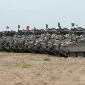 """""""Ισχυρότερο αμυντικό βραχίονα"""" για την Ε.Ε ζητά ο Γιούνκερ – Τισημαίνει"""