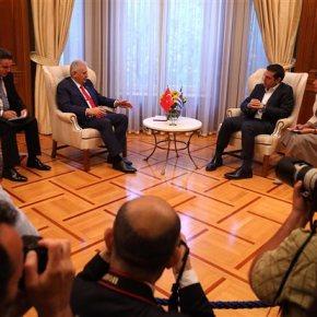 Νέα δεδομένα στις ελληνοτουρκικές σχέσεις μετά την επίσκεψη Γιλντιρίμ στην Αθήνα Σε ποιά θέματα εστιάζουν την προσοχή τους Ελλάδα καιΤουρκία