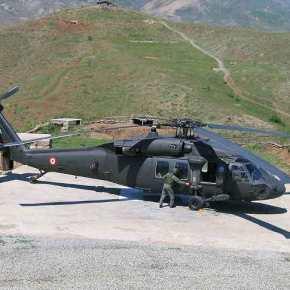 Κτυπήθηκε μεταφορικό ελικόπτερο S-70 του τουρκικού Στρατού από αμερικανικόβλήμα