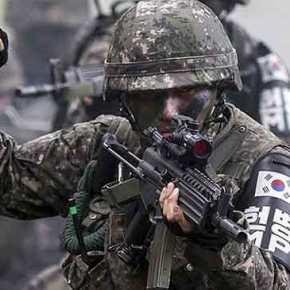 Φωτιά στη κορεατική χερσόνησο: Σήμα επίθεσης εναντίον Β.Κορέας από τιςΗΠΑ