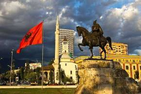Η αποδυνάμωση της ελληνικής μειονότητας στην Αλβανία και οι συνέπειέςτης