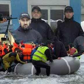 Απίστευτο: ΜΚΟ… με «σκέλος» ένοπλων μισθοφόρων «αλωνίζει» στα νησιά του Αιγαίου με άγνωστηχρηματοδότηση!