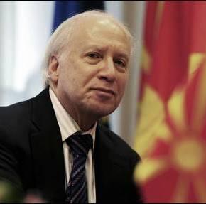 ΝΙΜΙΤΣ: ΨΗΛΑ ΣΤΗΝ ΑΤΖΕΝΤΑ ΤΗΣ ΚΥΒΕΡΝΗΣΗΣ ΤΗΣ ΠΓΔΜ ΤΟ ΖΗΤΗΜΑ ΤΗΣΟΝΟΜΑΣΙΑΣ