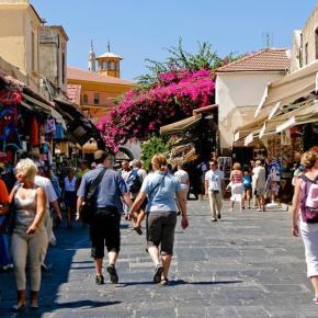 Η άνοδος του ελληνικού τουρισμού τονώνει την αγορά ακινήτων από ξένους-Εκτιμήσεις της γερμανικήςHandelsblatt
