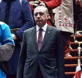ΟΙ ΗΠΑ «ΣΒΗΝΟΥΝ» ΤΟΝ ΕΡΝΤΟΓΑΝ: Η Τουρκάλα «λύκαινα» που θέλουν στο θρόνοτου